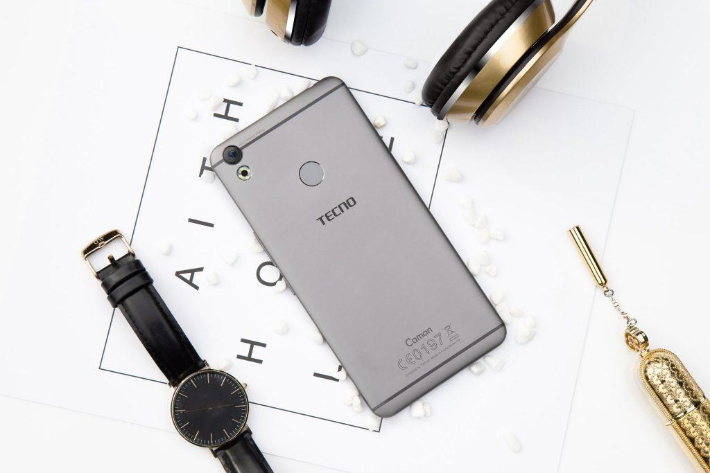 The Tecno Camon CX is for the Slay Kings and Slay Queens too